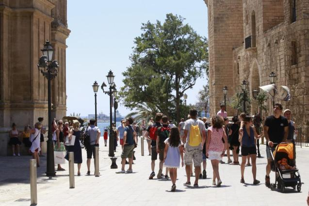 Thousands of visitors to the island bring joy to Mallorcans