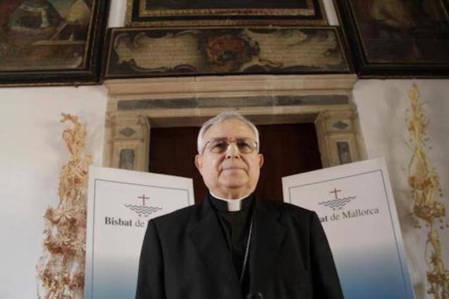 Jesús Murgui, Bishop of Orihuela-Alicante & ex-Bishop of Mallorca.