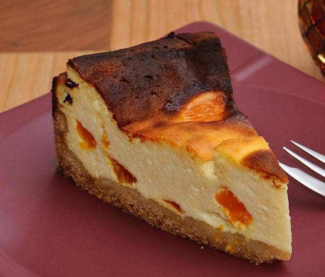 Mallorcan cheesecake