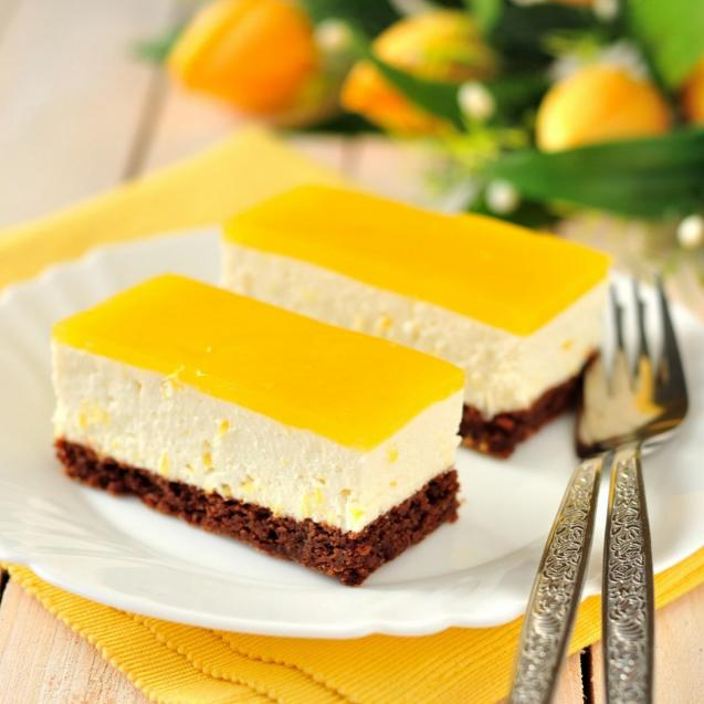 Most set cheesecake recipes have a base made from crushed digestive Biscuits
