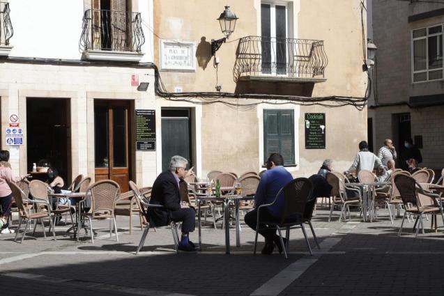 Bars and restaurants re-open.