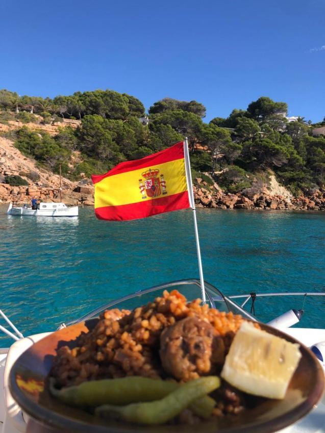 Paella at sea