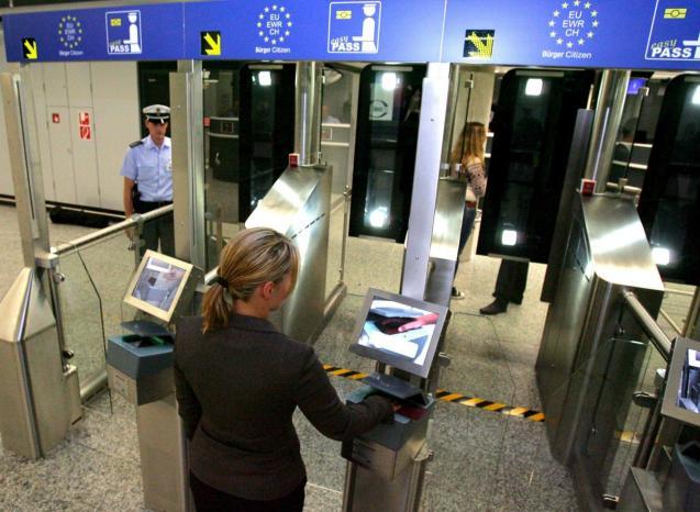 Digital passport control at Frankfurt airport