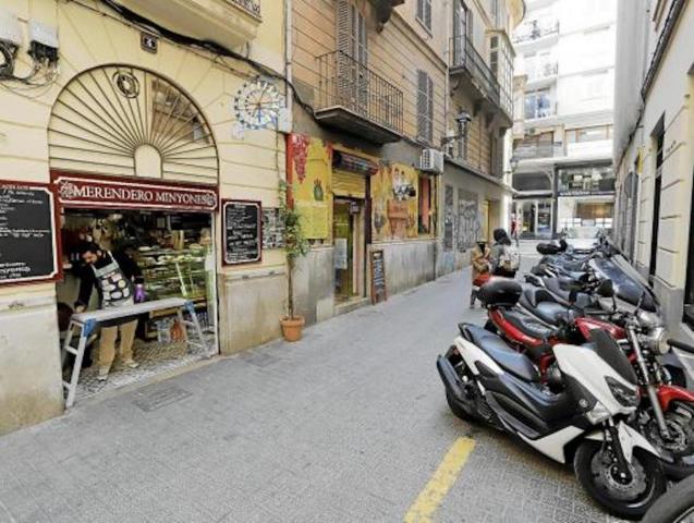 Carrer de les Minyones in Santa Eulalia, Palma.