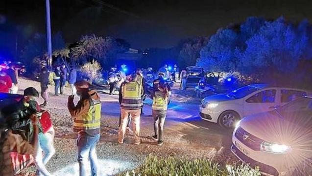 Police break up illegal drinking party near Palma school.