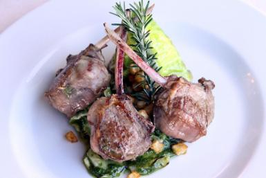 Lamb chops with cabbage and pesto.