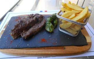 The 10-rated onglet and chips