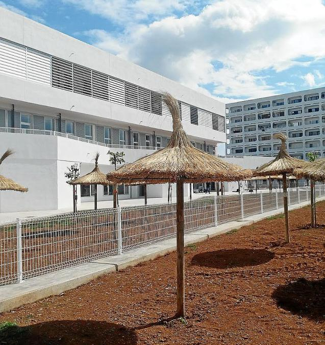A tale of two Alcudia schools