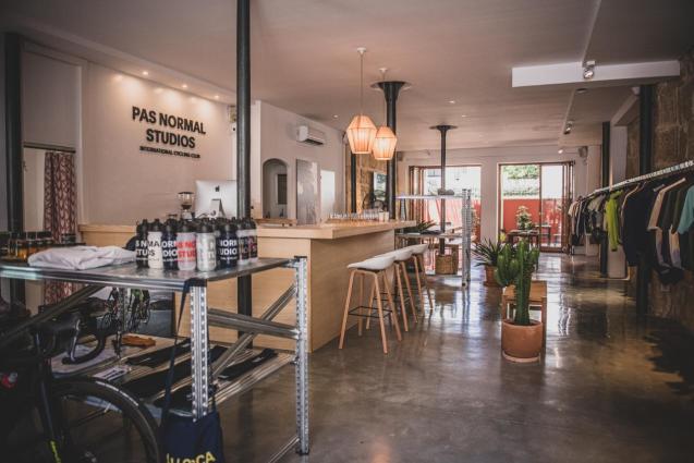 Pas Normal Studios in Santa Catalina