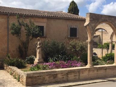 Petra Mallorca