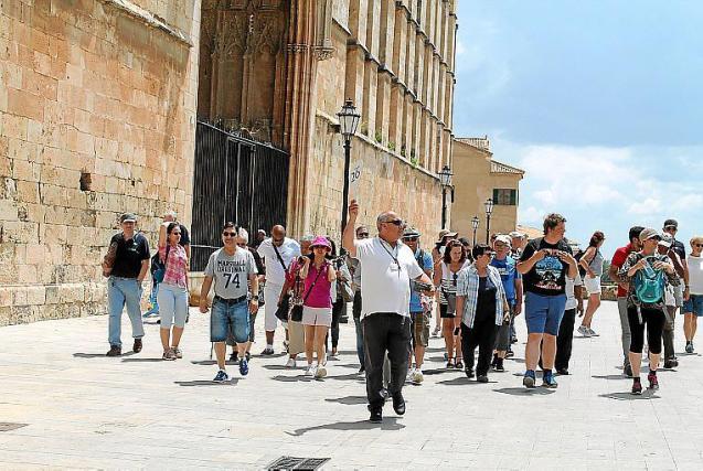 Tour guide in Palma, Mallorca