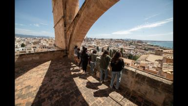 Free visits to the terraces at Palma's Cathedral.
