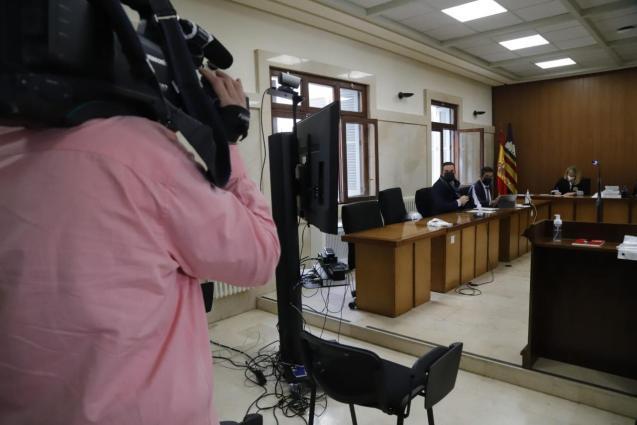 Court hearing for neo-Nazis in Palma, Mallorca