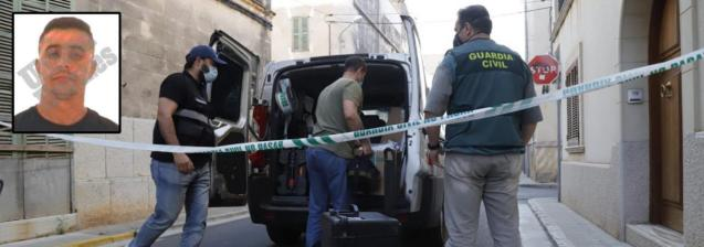 Members of the Police and the Guardia Civil crime lab entered the scene of the crime. Above right Ali Khouch, the confessed murderer