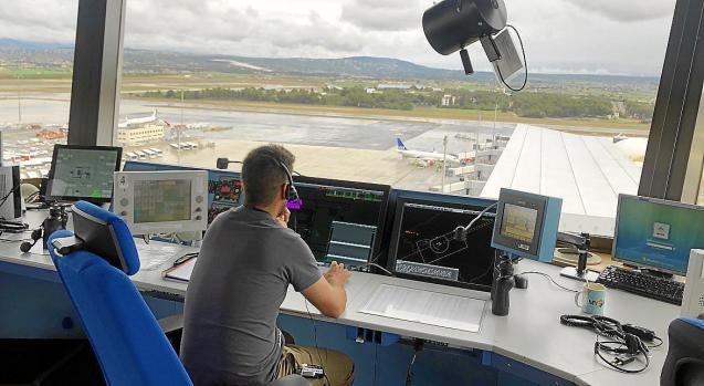 Air-traffic control in Palma, Mallorca