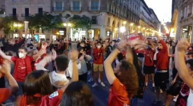 The Plaça Joan Carles I minutes after Real Mallorca's promotion was confirmed.