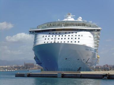 Cruise ships are a Palma issue; no one else's.