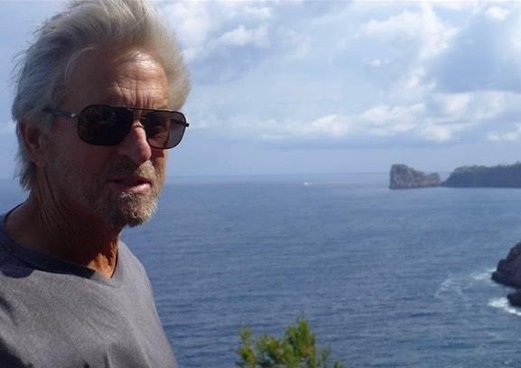 Michael Douglas happy in Mallorca
