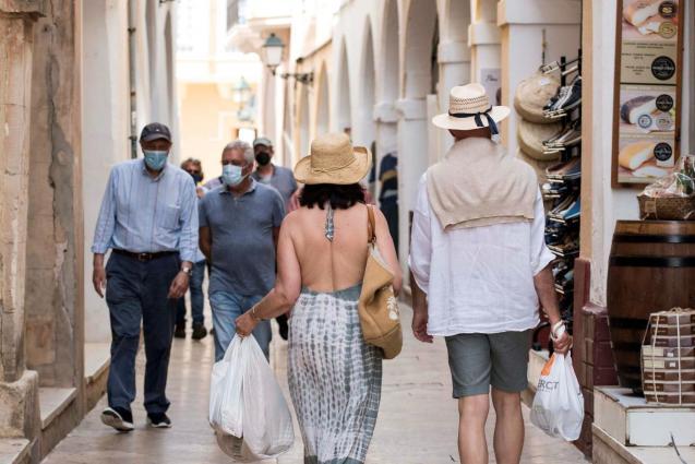 Wearing masks in Mallorca
