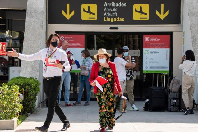 Passengers arriving to Mallorca