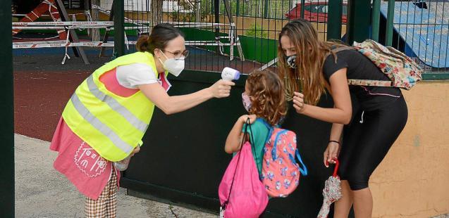Covid temperature testing in Mallorca schools