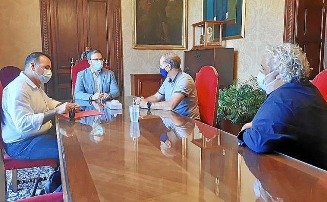 Meeting at Palma town hall, Mallorca