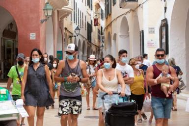Face mask rules relaxed in Mallorca.