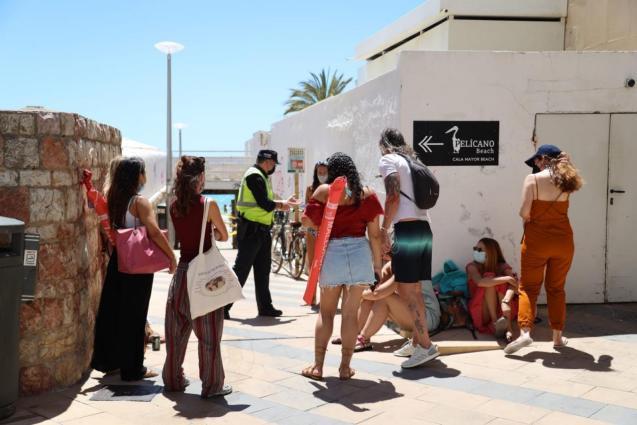 Capacity control at Cala Major beach, Palma Mallorca