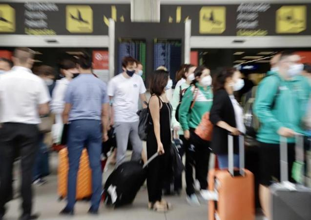 Palma Airport arrivals.