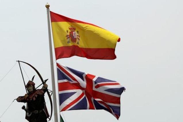 Union Jack & Spanish Flag.