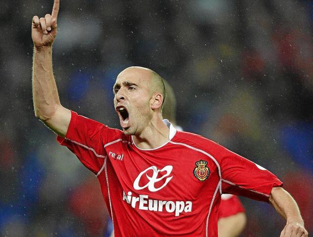 ex Mallorca legend Borja Valero retires