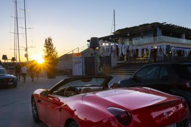 Nothing quite like a Ferrari in sunset mode. Weekly meetup at The Blue Nest in Port Adriano.