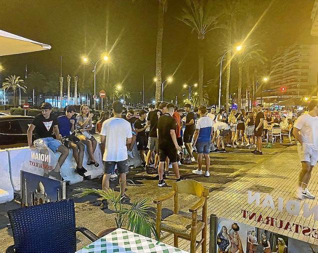 Spanish students gather in Mallorca