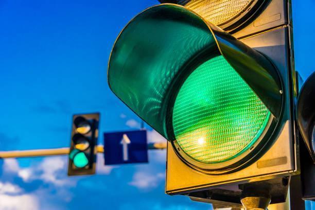 Traffic light system falling apart, says travel boss.