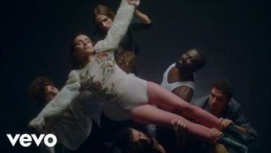 Music video by Zahara performing MERICHANE. (C) 2021 G.O.Z.Z. RECORDS