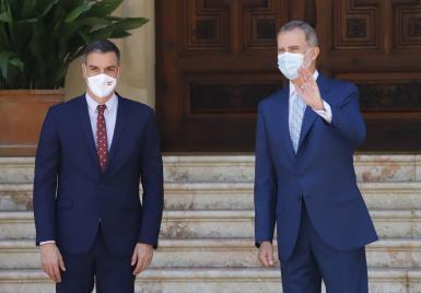 Pedro Sánchez and King Felipe on Tuesday.