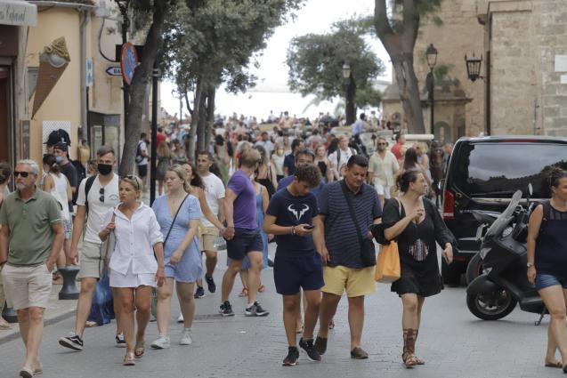 Tourists in Palma, Mallorca