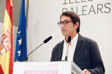 Tourism minister and government spokesperson Iago Negueruela.