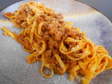 The very dry fettuccine with ragú wasn't a success.