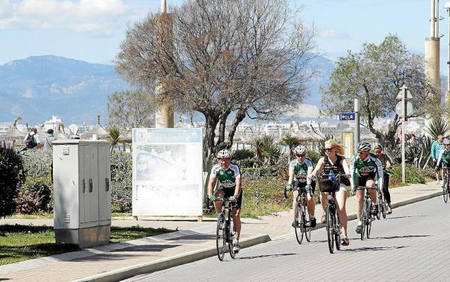 Cyclists in Mallorca.