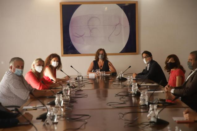 Meeting of Balearic government and tourism industry representatives