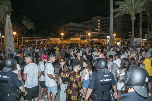 Street gathering in Playa de Palma, Mallorca
