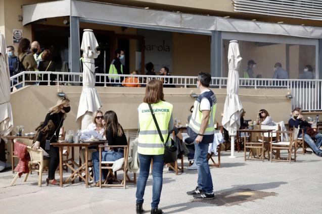 InfoCovid information personnel in Mallorca