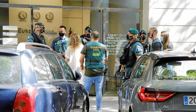 Guardia Civil Officers during raids in Mallorca.