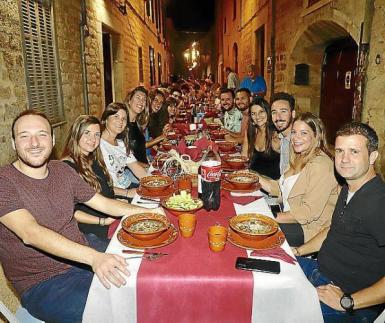 The traditional supper in the streets will not be taking place this year.