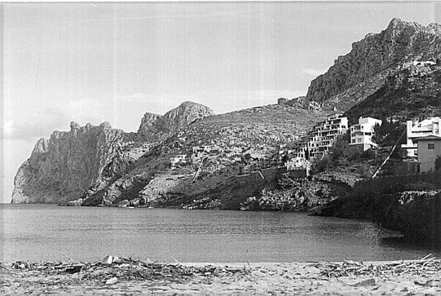 Some years ago, 2009, I wrote a sketch of Cala San Vicente