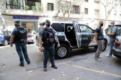 Guardia Civil officers during last Wednesday's operation.