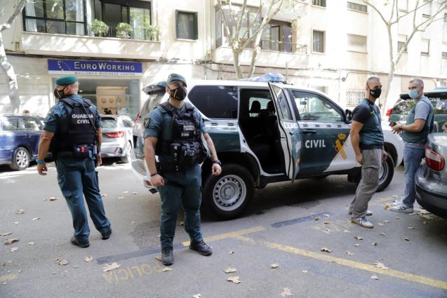 Guardia Civil officers during massive fraud operation in Mallorca