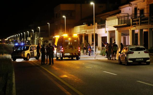 Police and emergencies at the scene of a road accident in Mallorca