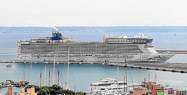 'Norwegian Epic' cruise ship in Palma.